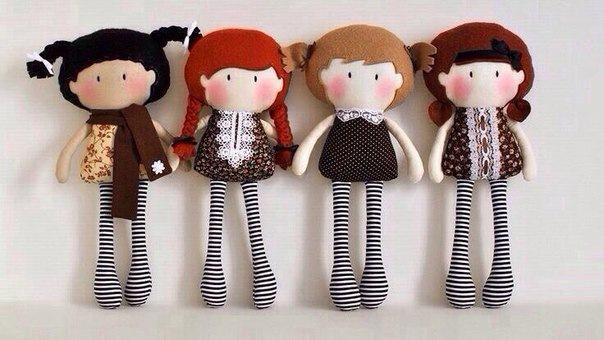 Простая тряпичная кукла самых маленьких