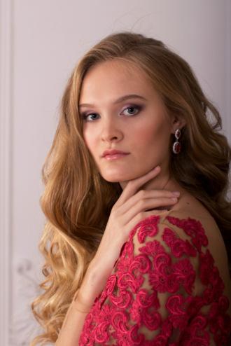 Визажист (стилист) Анна Холодова -
